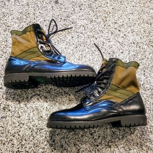 Kodiak womens boots. Excellent condition. Size 9.